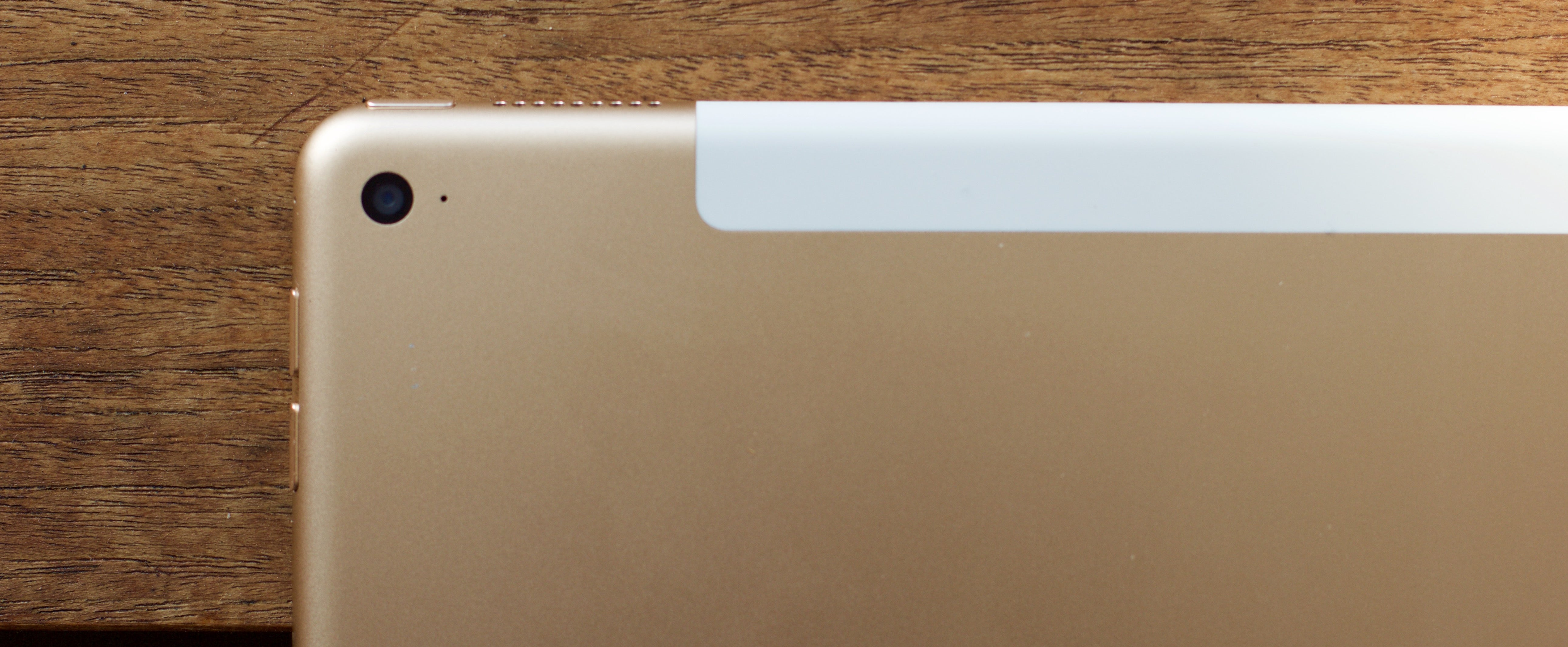 What It's Like To Use the iPad Pro As a Laptop