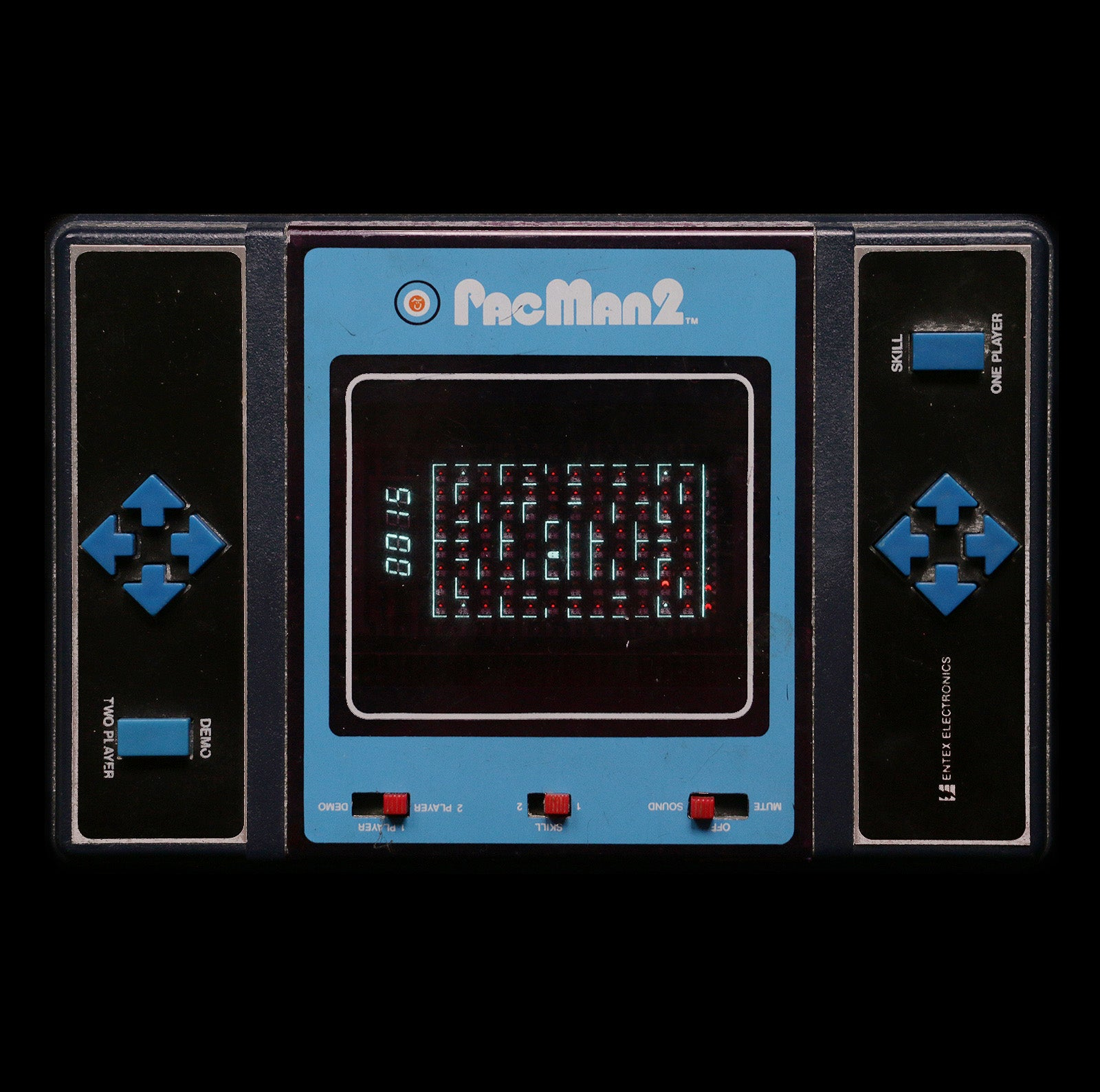 photo essay classic handheld game portraits kotaku photo essay 13 classic handheld game portraits