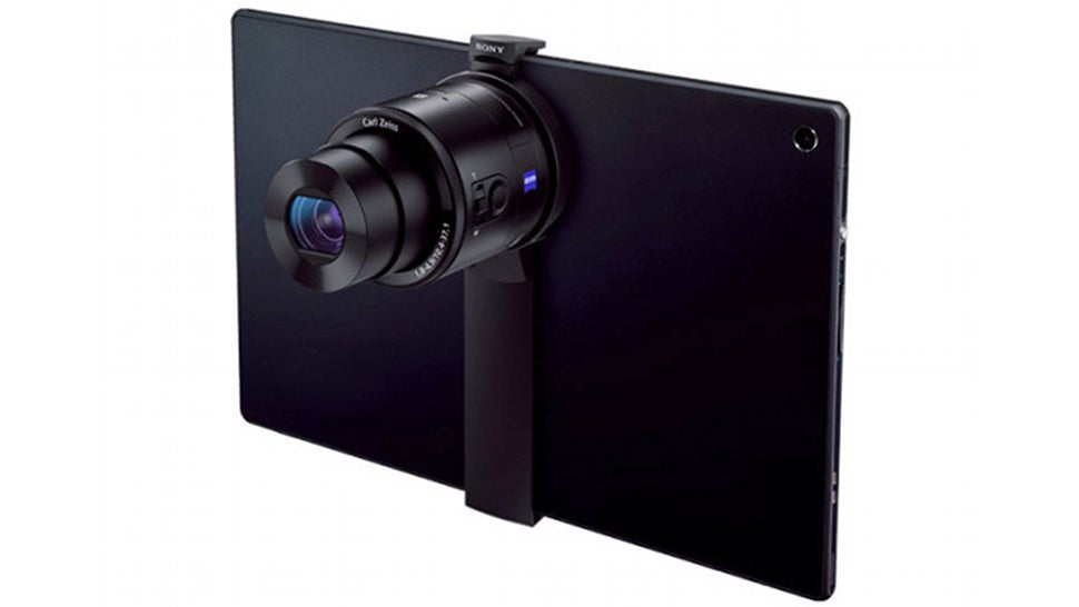 Sony's QX Lens Cameras Get a Funny Tablet Mount