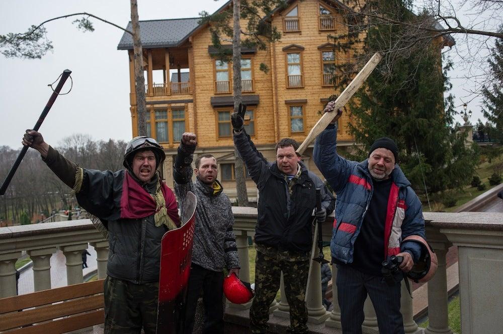 Tour the Opulent, Evacuated McMansions of Ukraine's Fallen Leaders