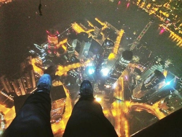Two Chinese Guys Copied That Insane Shanghai Tower Climb