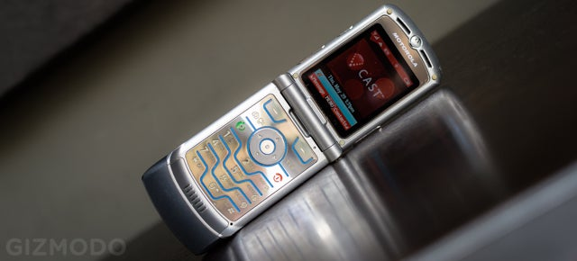 Razr Burn: My Month With 2004's Most Exciting Phone