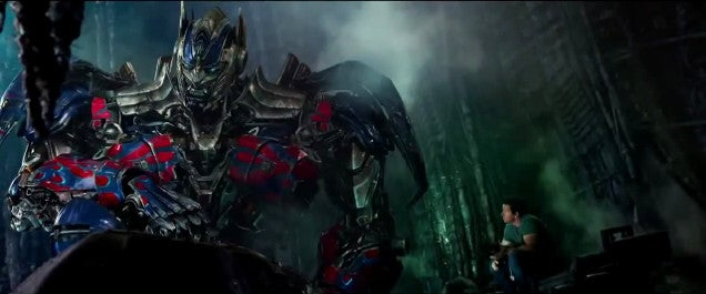 Look At All Those Chinese Products In Transformers 4