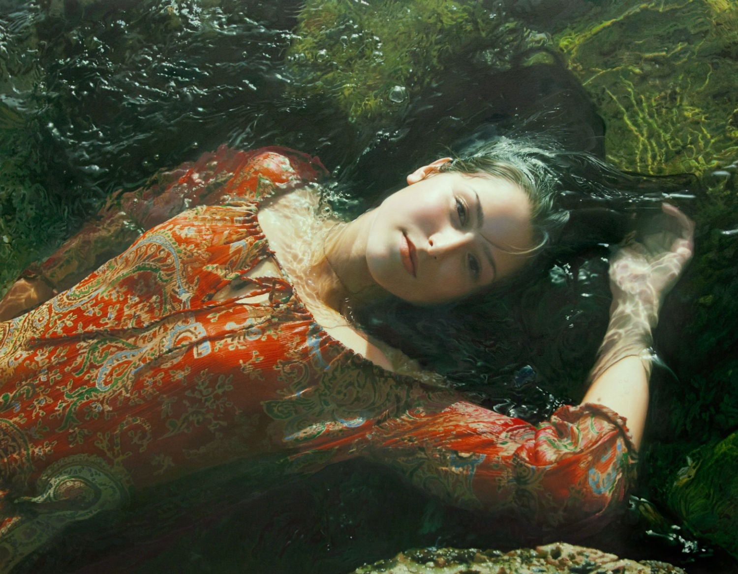 Erotic images of dreamy women are actually incredible oil paintings