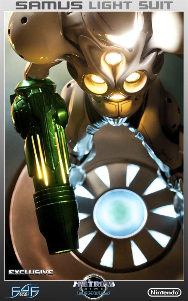 Metroid's Brightest Samus Suit, Now A Glowing 20-Inch Masterpiece