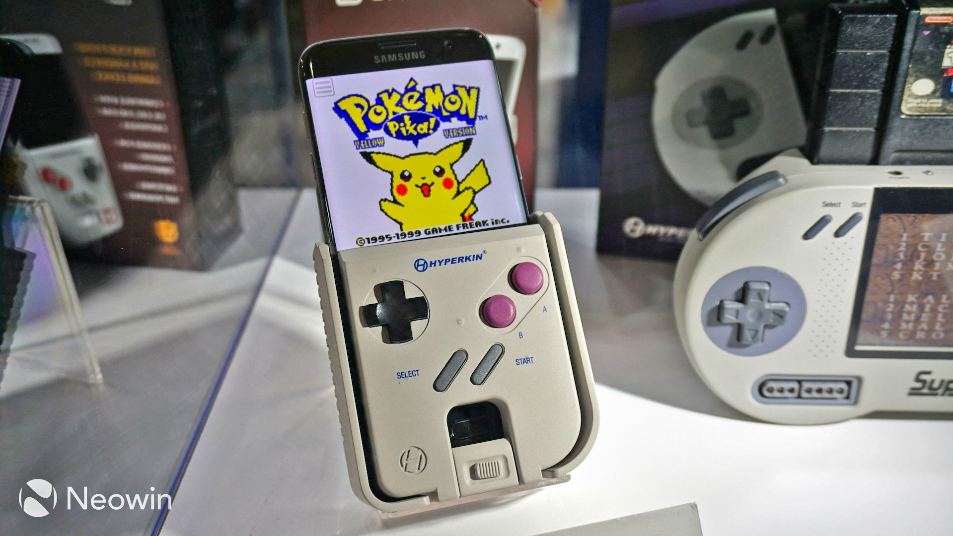 The Case That Turns Your Smartphone Into A Game Boy Was Shown Working At E3