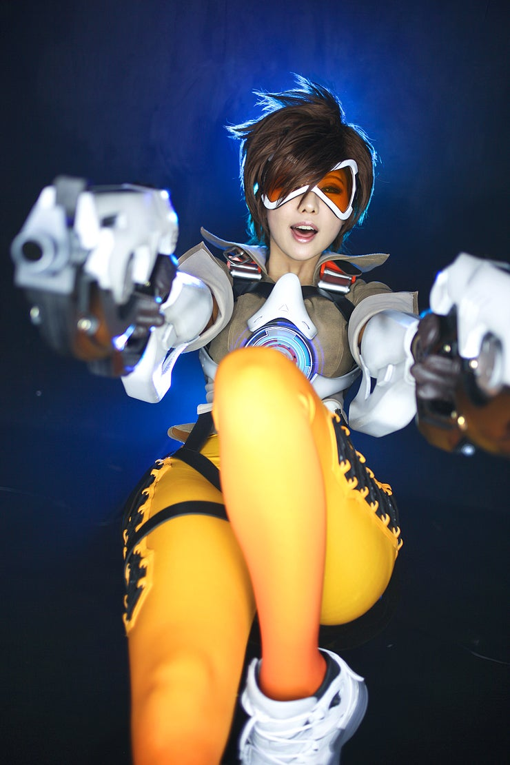 oh man this overwatch cosplay kotaku australia