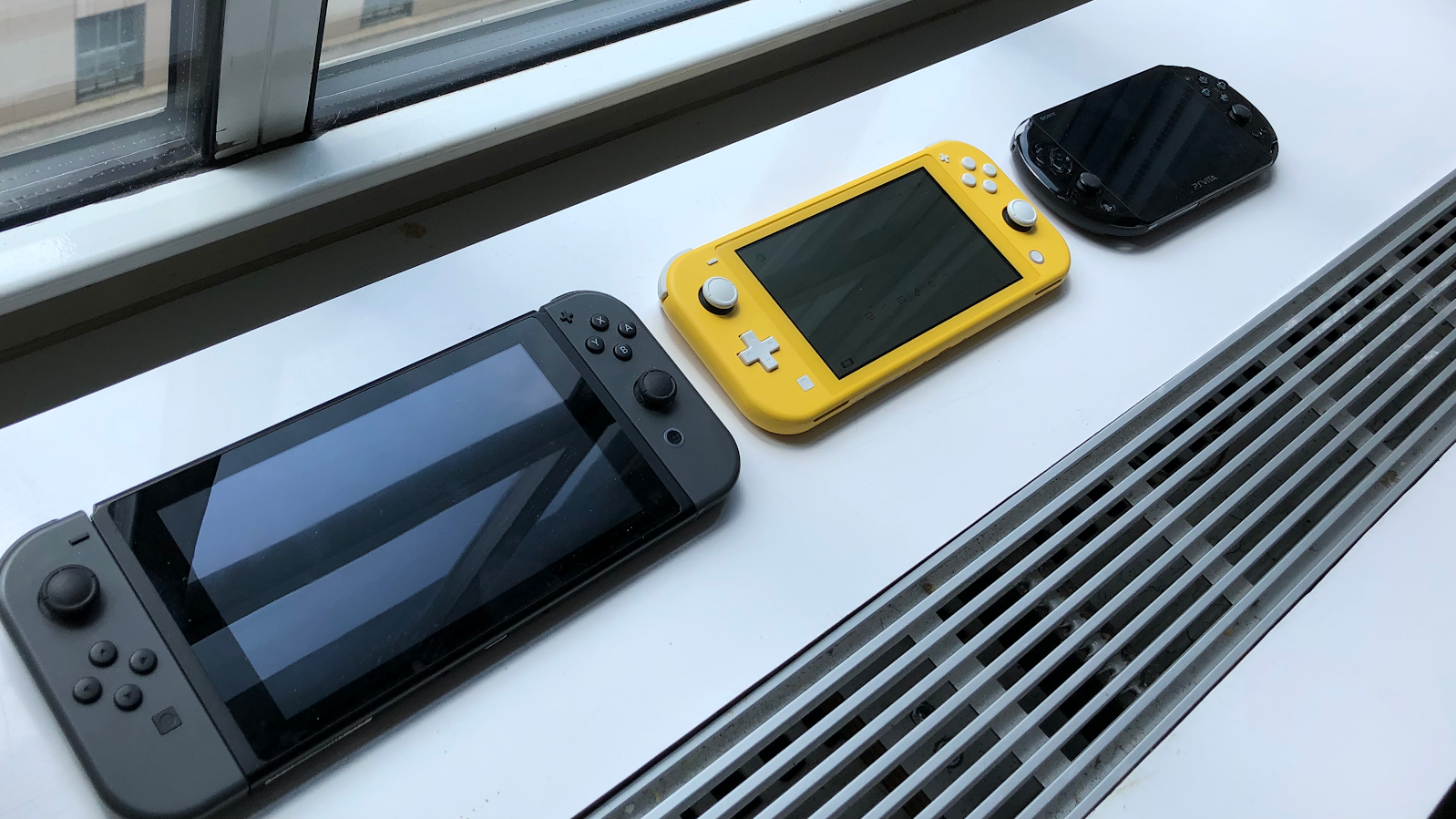 Hands On With The Nintendo Switch Lite Sturdy Stylish