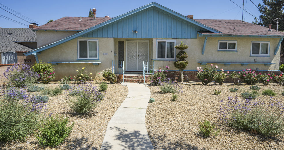 LA's Water District Is Investigating Its Failed Drought-Proof Lawn Initiative