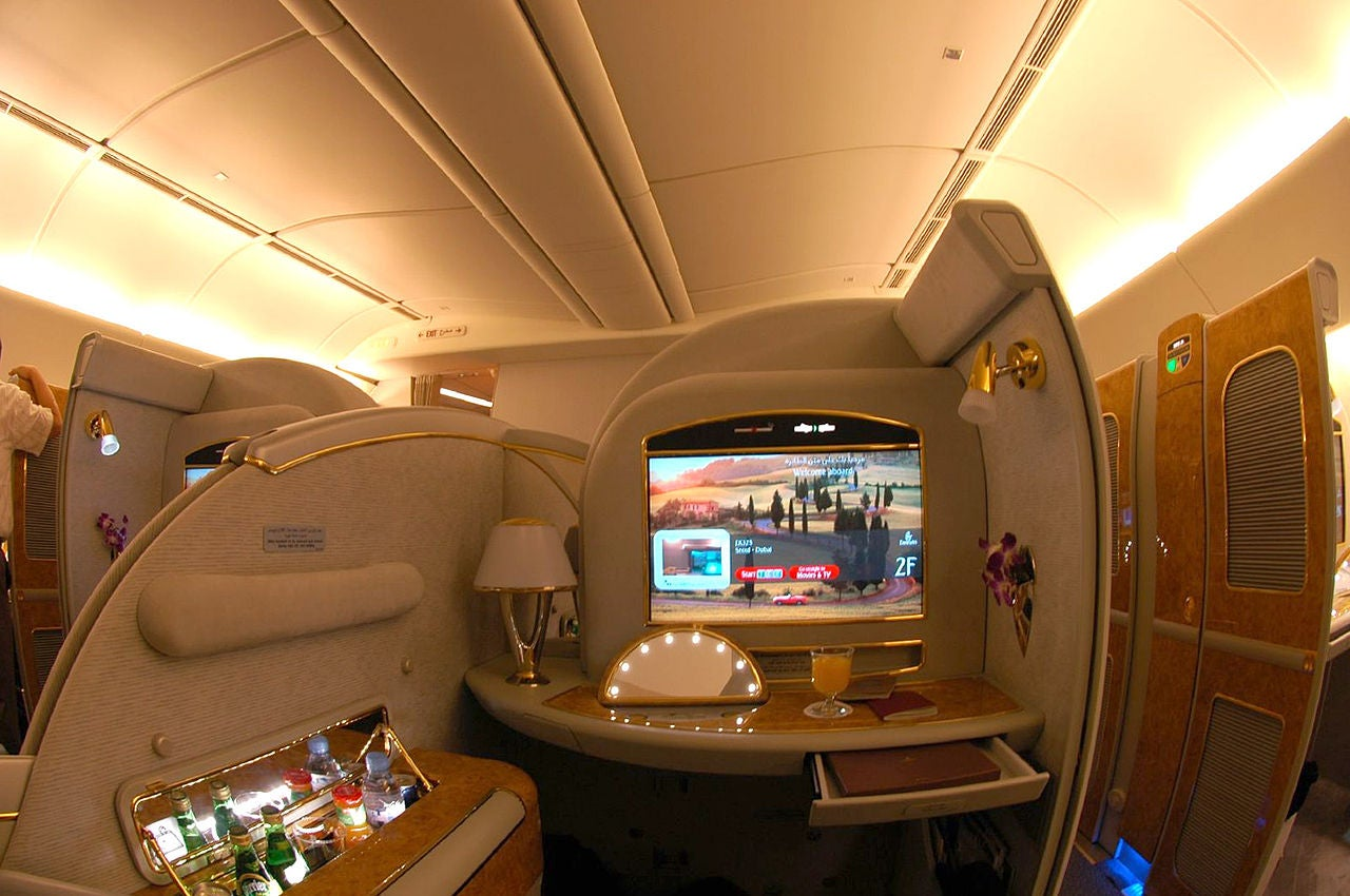 Here's Why a Single Aeroplane Seat Can Cost Airlines $US300,000