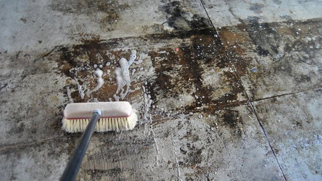How to install epoxy garage floor coating lifehacker for Scrubbing concrete floors