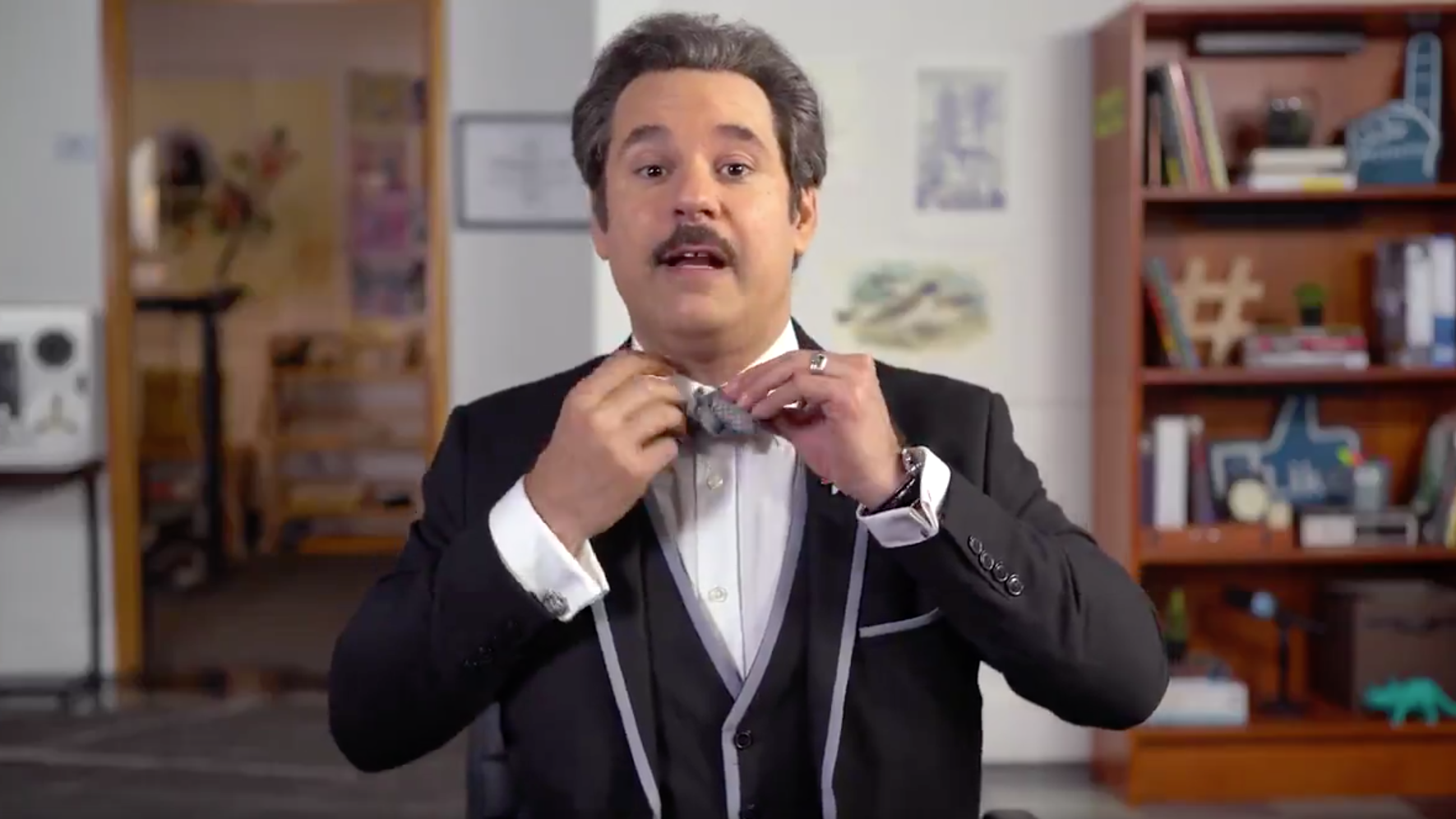 How To Tie A Bow Tie, According To Paul F. Tompkins