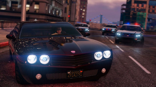 GTA V Mod Overhauls Police, Calls In The Army