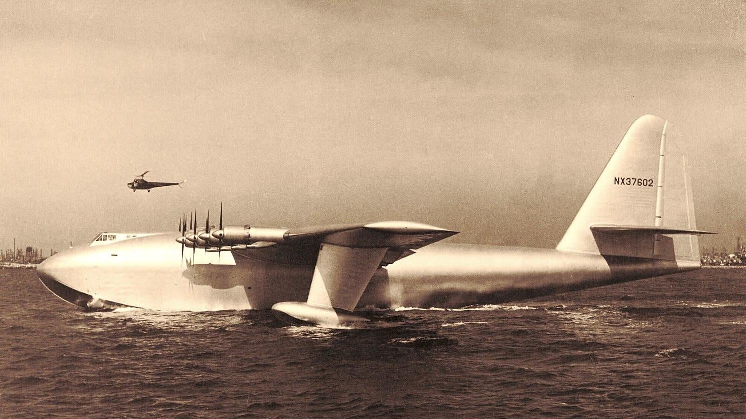 Howard Hughes' 'Spruce Goose' Made Its First (And Only) Flight 72 Years Ago