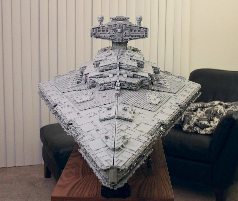Custom LEGO Star Destroyer Is So Huge It Has A Three-Level Interior