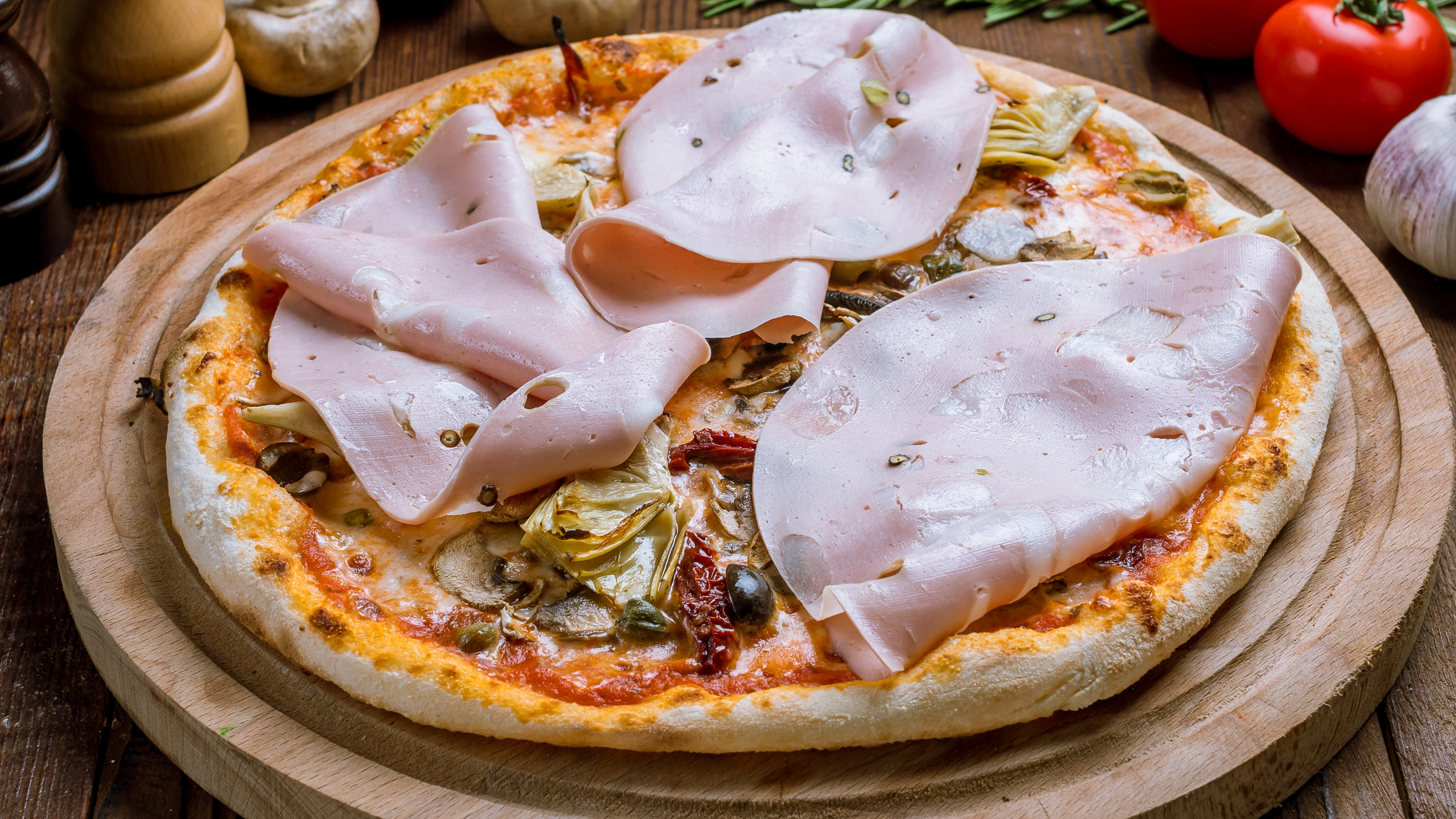 Protect Your Mouth From Hot Pizza With Slices Of Mortadella