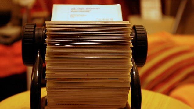 Why business cards still matter and how to effectively for Lifehacker business cards