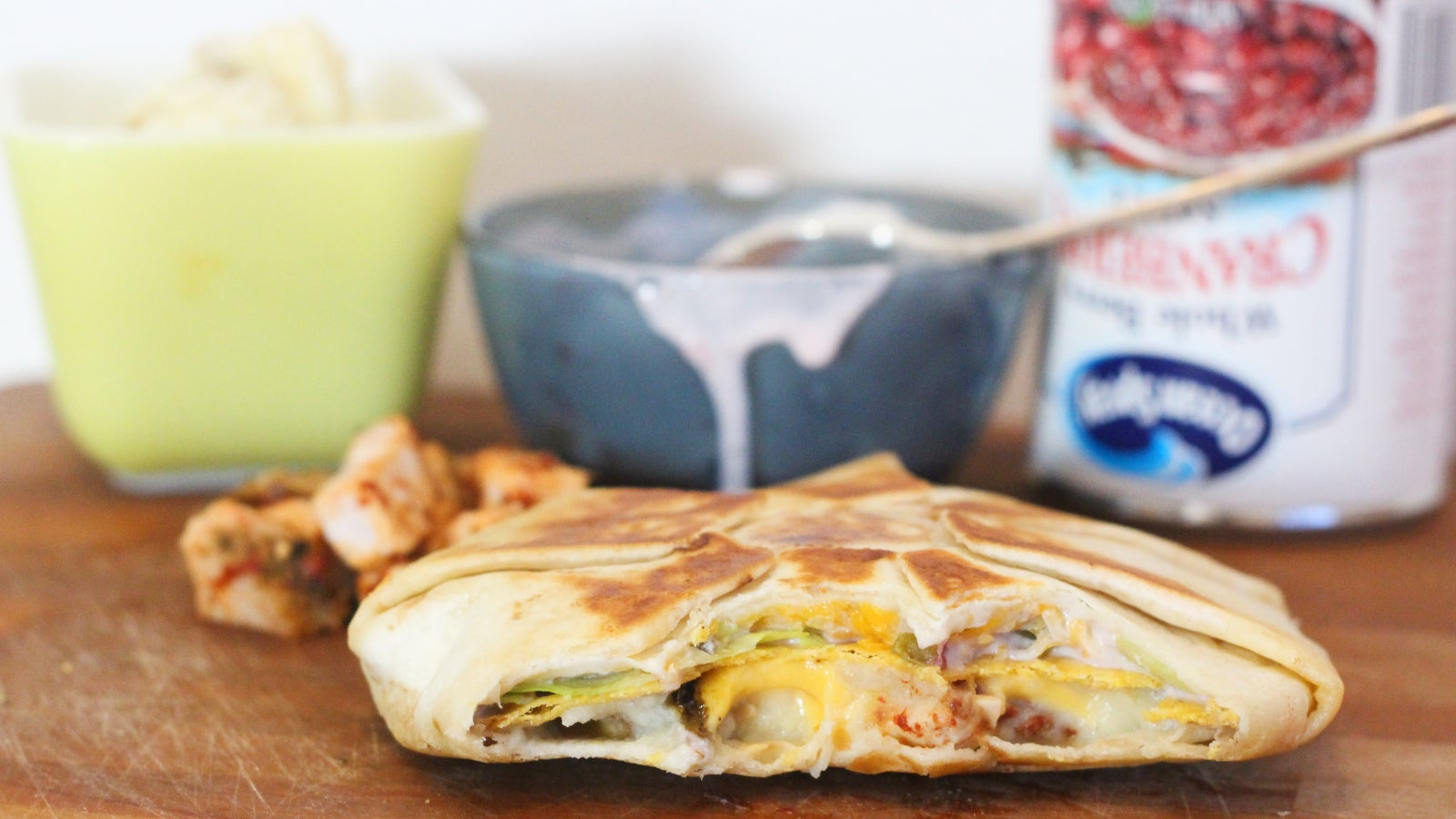 Stuff Your Leftovers Into A Brekkie 'Crunchwrap'