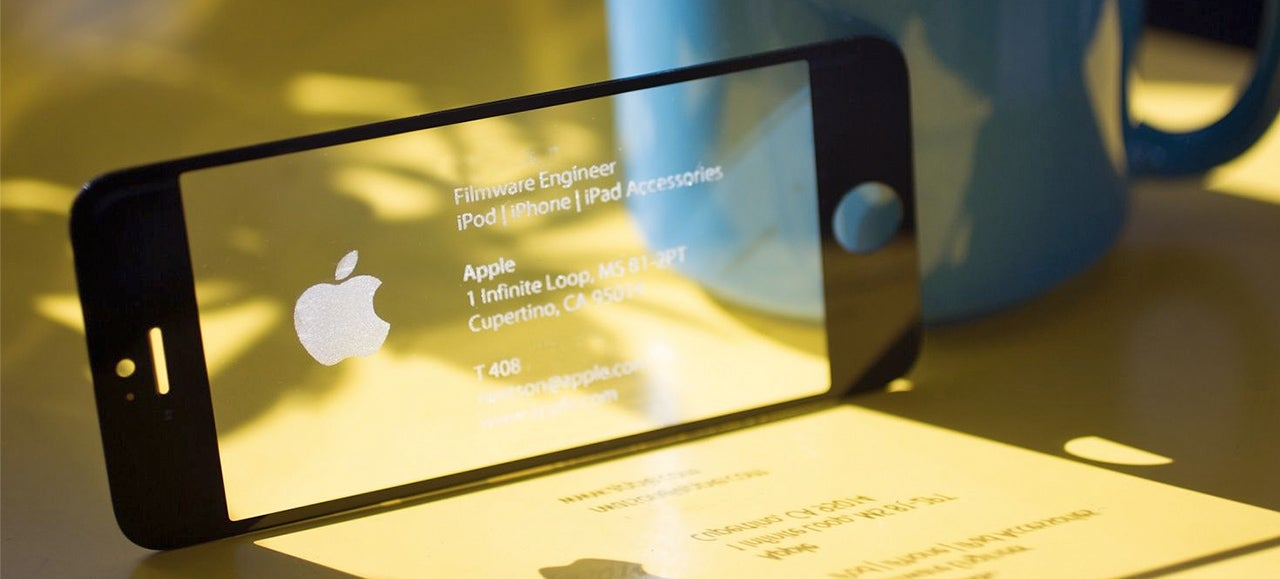 Of Course an Apple Engineer Has an iPhone Business Card