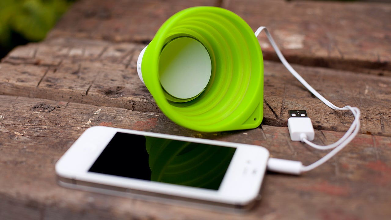 A Collapsible Speaker That Might Double As an Emergency Cup