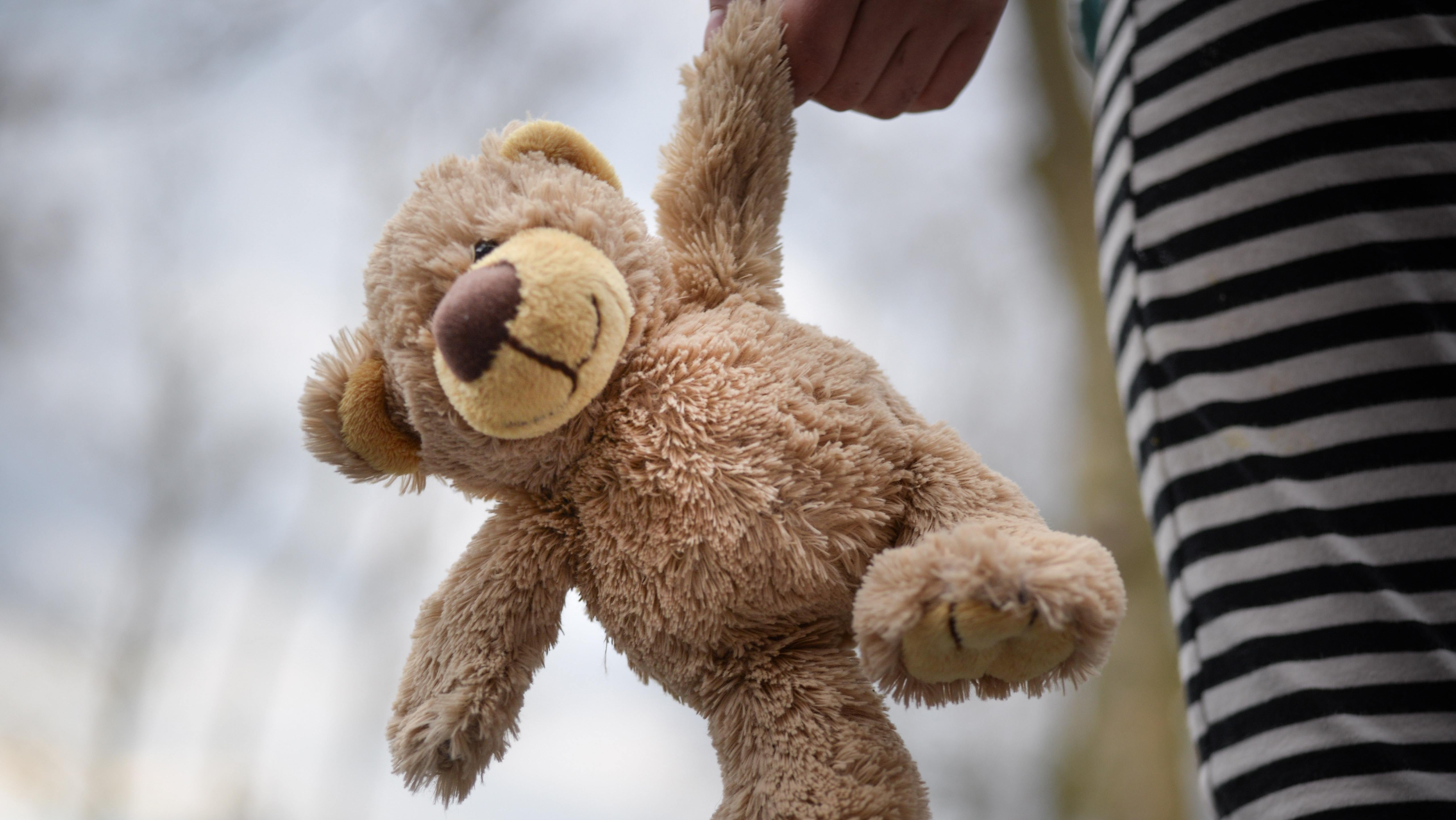 How A Stuffed Animal Can Help Kids Grieve