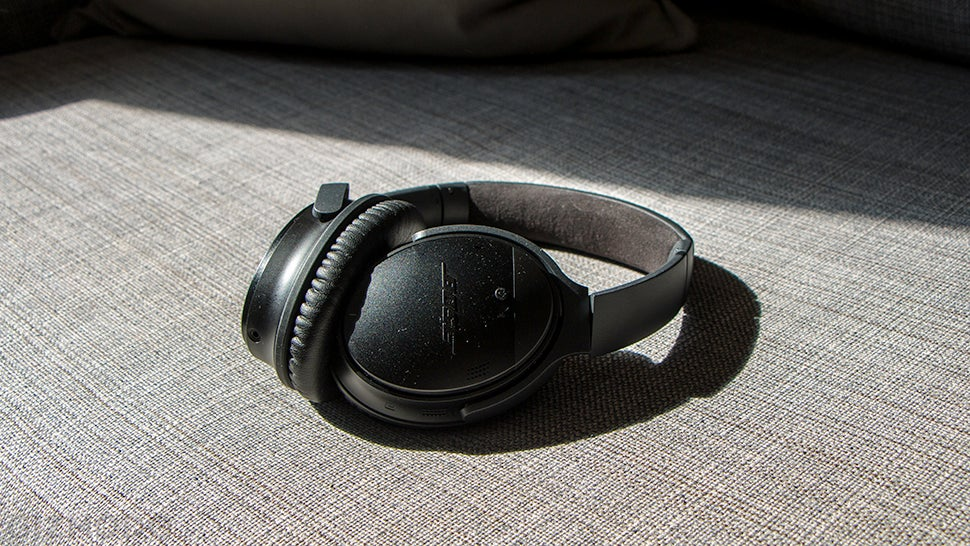 Bose Lets Users Downgrade QC35 Firmware After Months Of Complaints