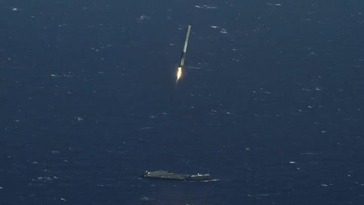 Watch SpaceX Land Their Rocket In Glorious 4K Resolution