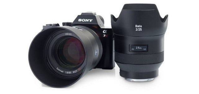 New Zeiss Lenses for Sony A7 Cameras Have OLED Displays for Some Reason