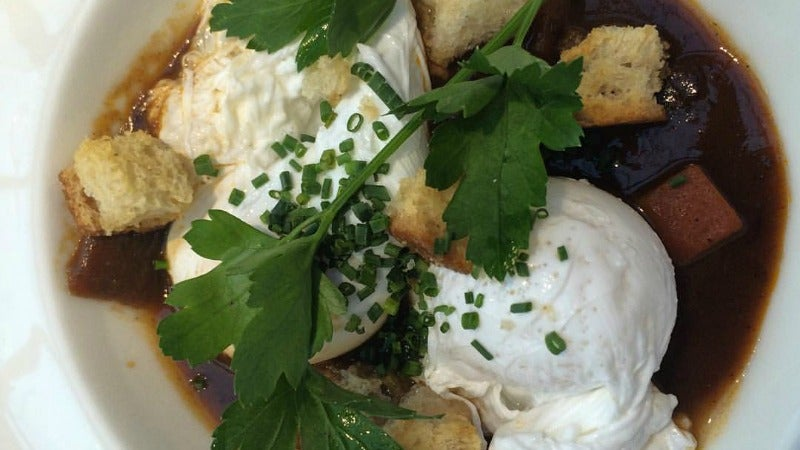 Upgrade Your Brunch By Poaching Eggs In Wine