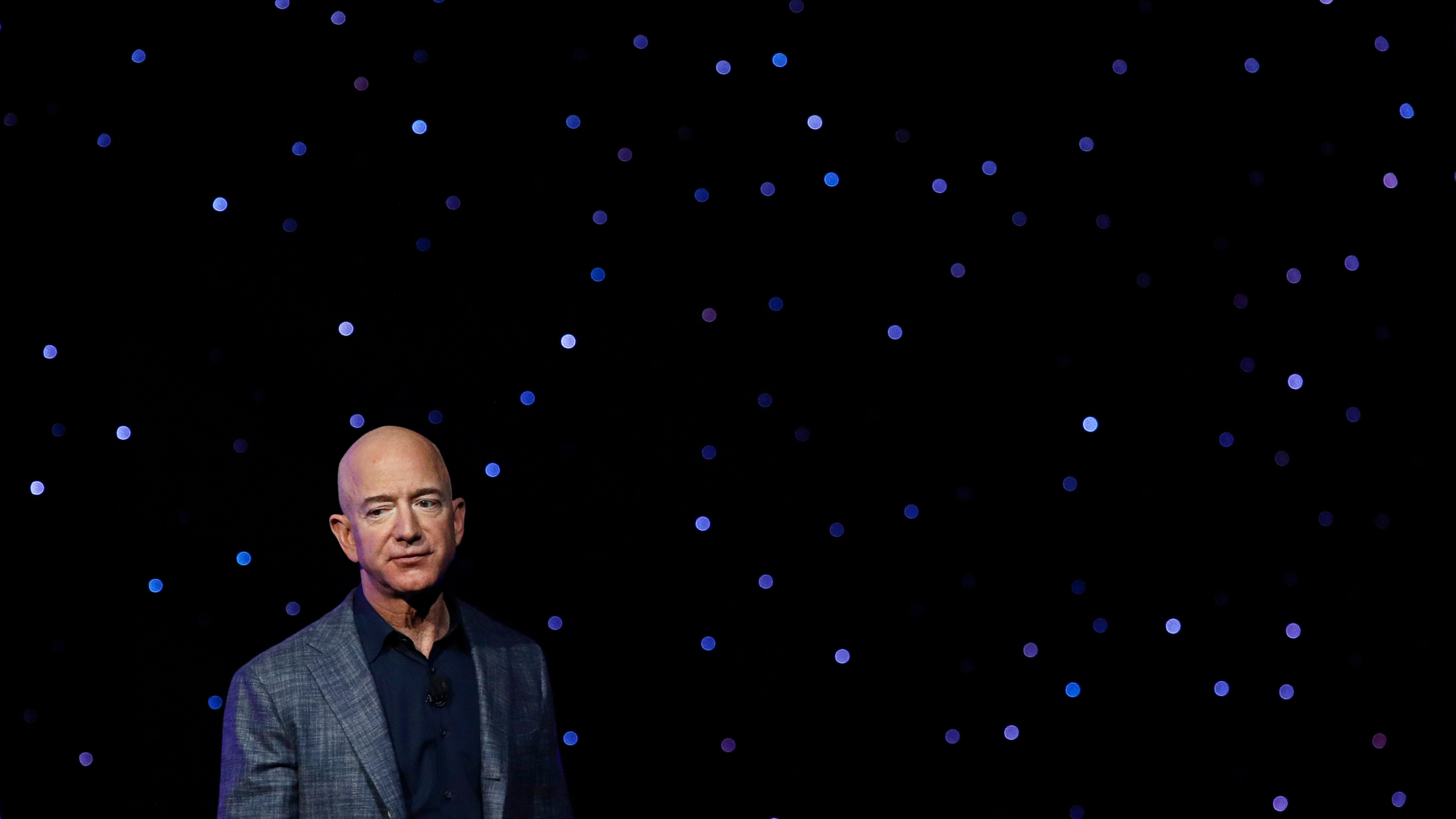 Jeff Bezos Wouldn't Even Come On Stage To Listen To His Employees Who Want Amazon To Address Climate Change