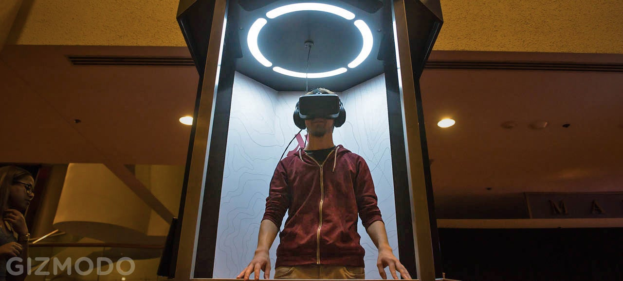 I Traveled to Hawaii and London in This Weird VR Holodeck