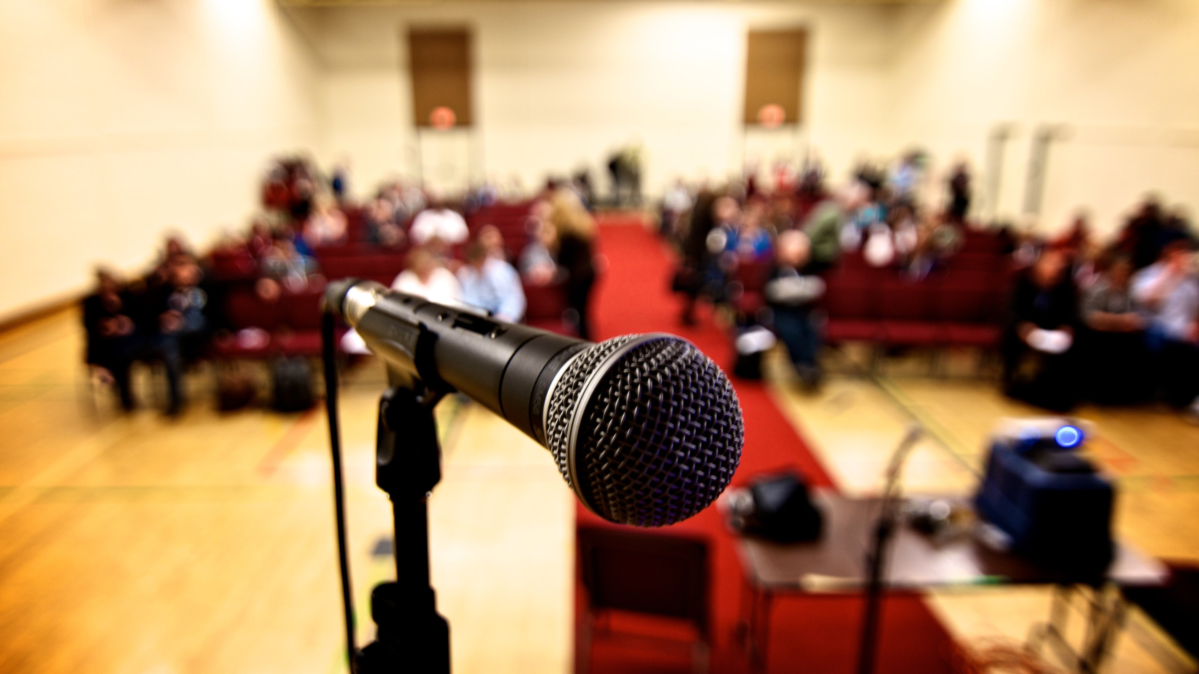 Use The Microphone When Public Speaking