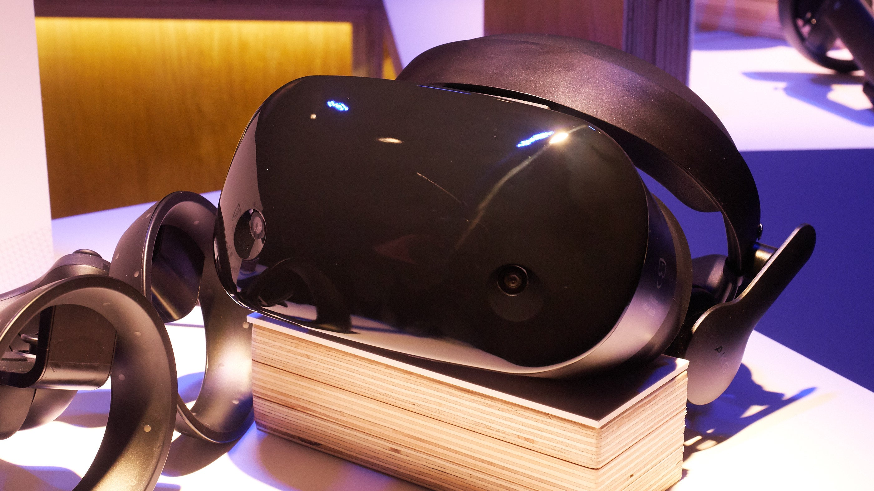 Microsoft's Windows Mixed Reality event: Samsung Odyssey, headset preorders open, and more