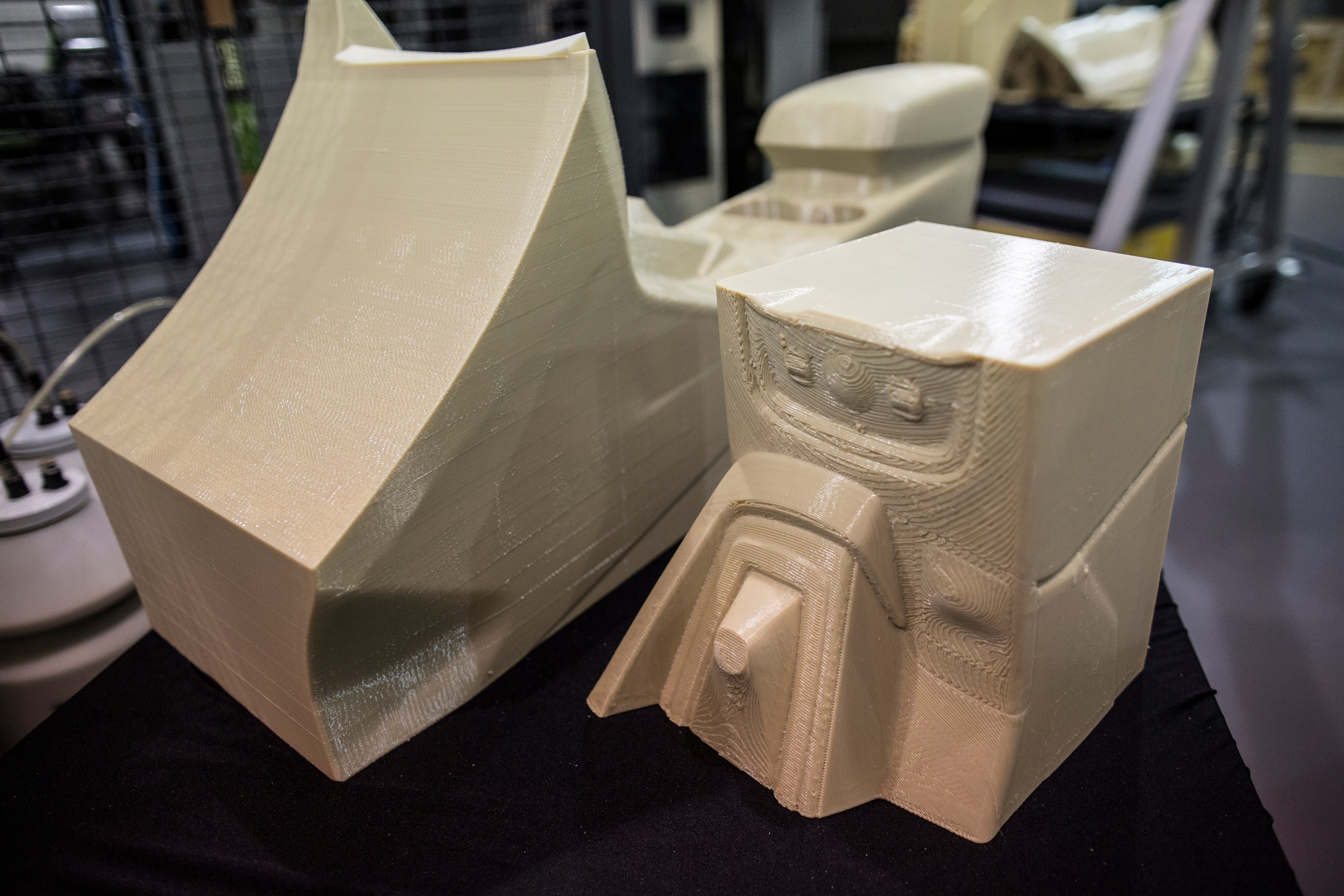 Ford Motor Company announced this week that itu0027s testing 3D printing of large-scale car parts a move that could eventually lead to the manufacturing of ... & Fordu0027s Future Cars Might Come With 3D Printed Parts | Gizmodo ... markmcfarlin.com