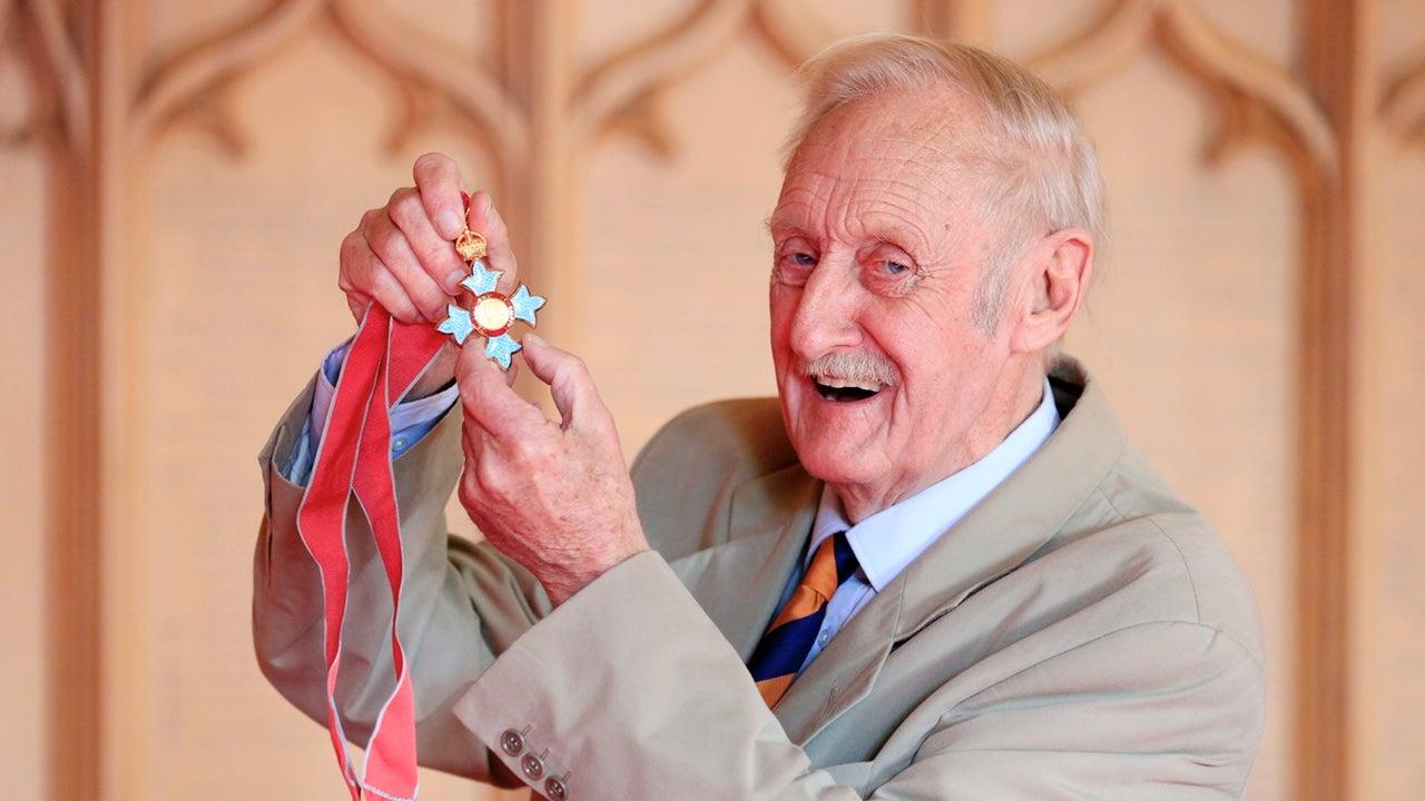 Trevor Baylis, Inventor Of The Hand-Cranked Radio, Dies At 80