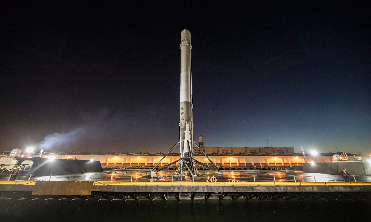 Briefly: SpaceX's Historic Launch, Zelda Sale, 'Sickie' Hacks