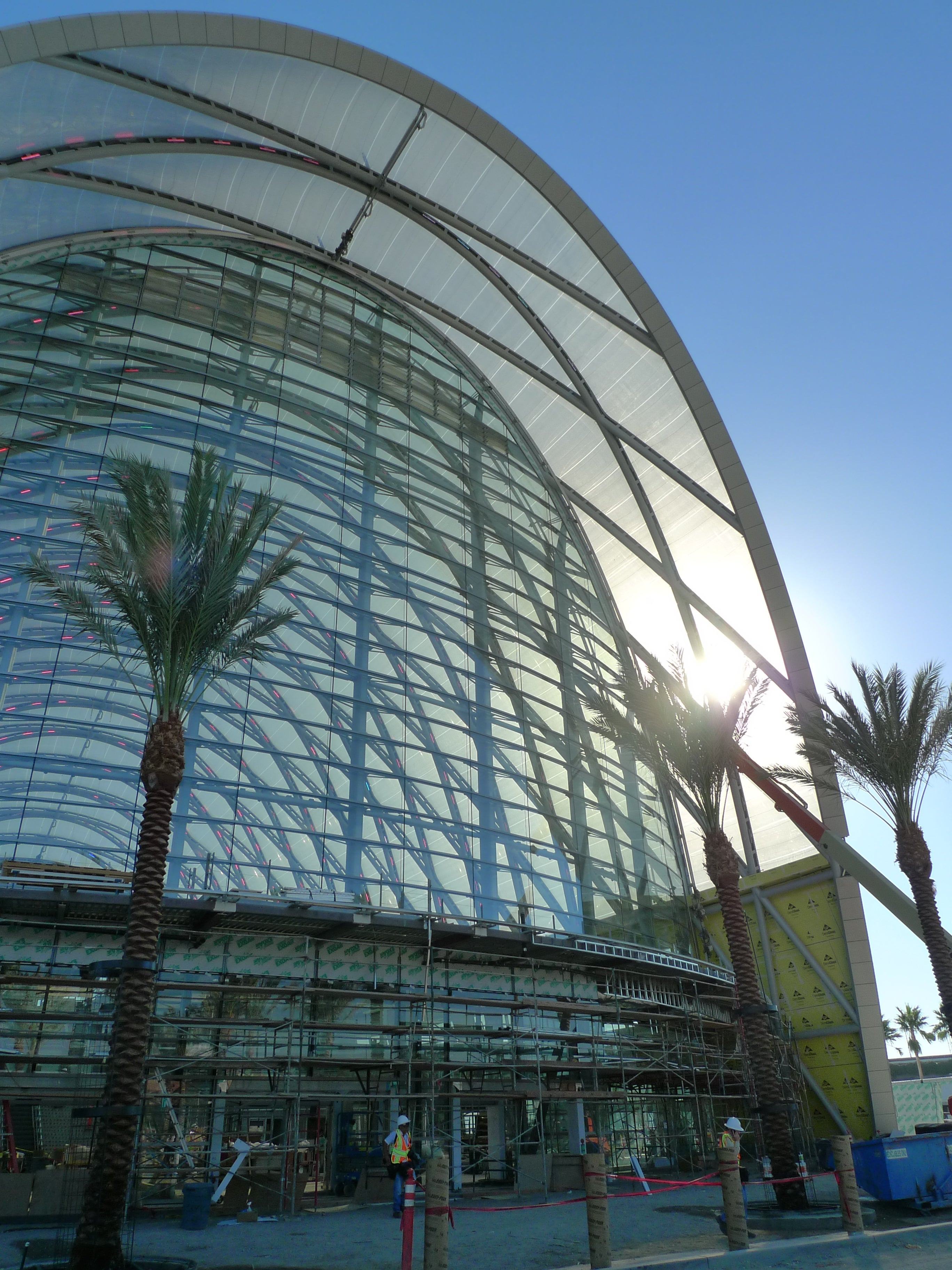 A Tour of the Futuristic Roof on California's High-Speed Rail Station