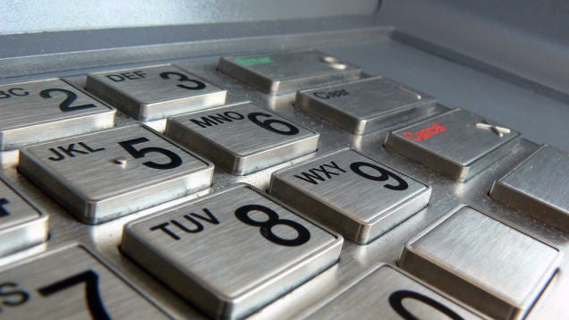 Withdrawing Cash With A Smartphone Could Beat The Card Skimmers