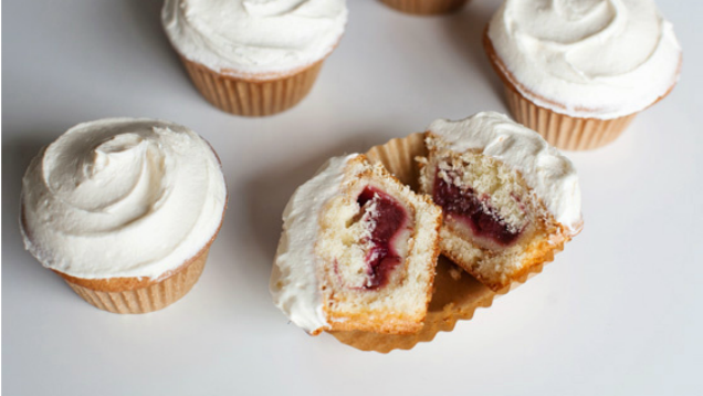 Mini Pie Cupcakes Are The More Manageable Cousin Of The Piecaken