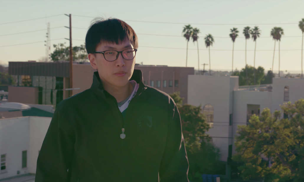League Of Legends Star's Brother Charged With Stabbing Their Parents, Murdering Their Mother