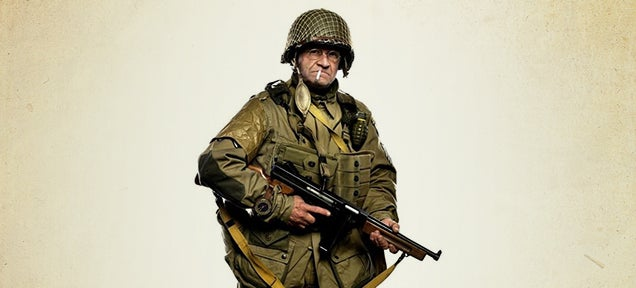 93-Year-Old Vet Recreates His D-Day Parachute Jump Over Normandy