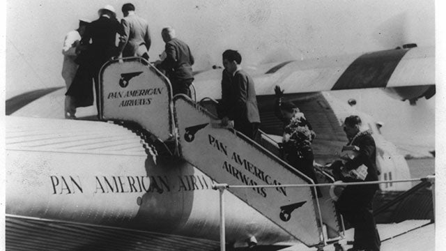 How Pan Am Became King of International Travel, and How It Lost It All