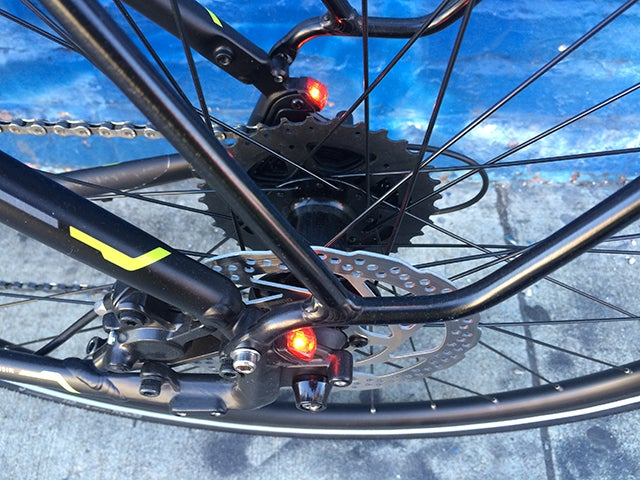 Trek Lync Review: Built-In Bike Lights Are Great (When They're Charged)