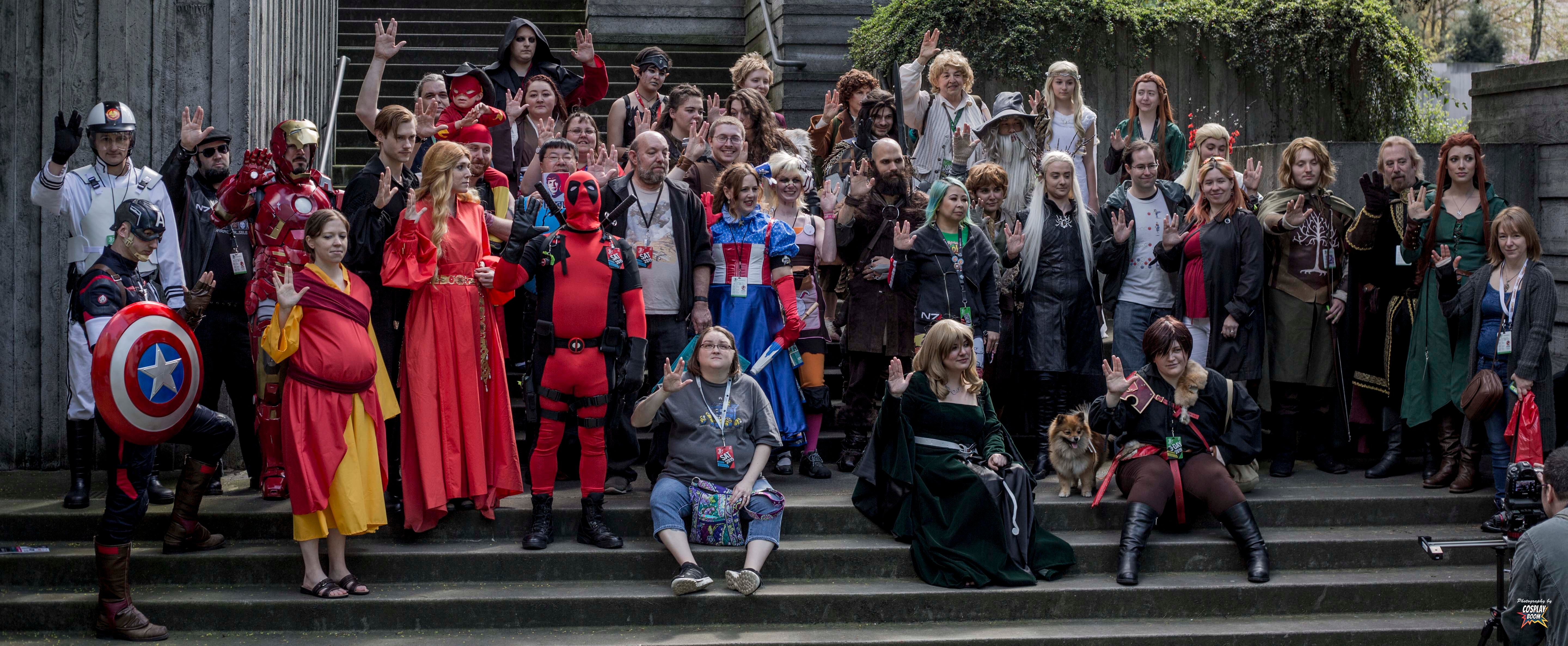 Iron Man's Best Friend Ultron, Chappie Cosplay and a Whole Lot of Halo