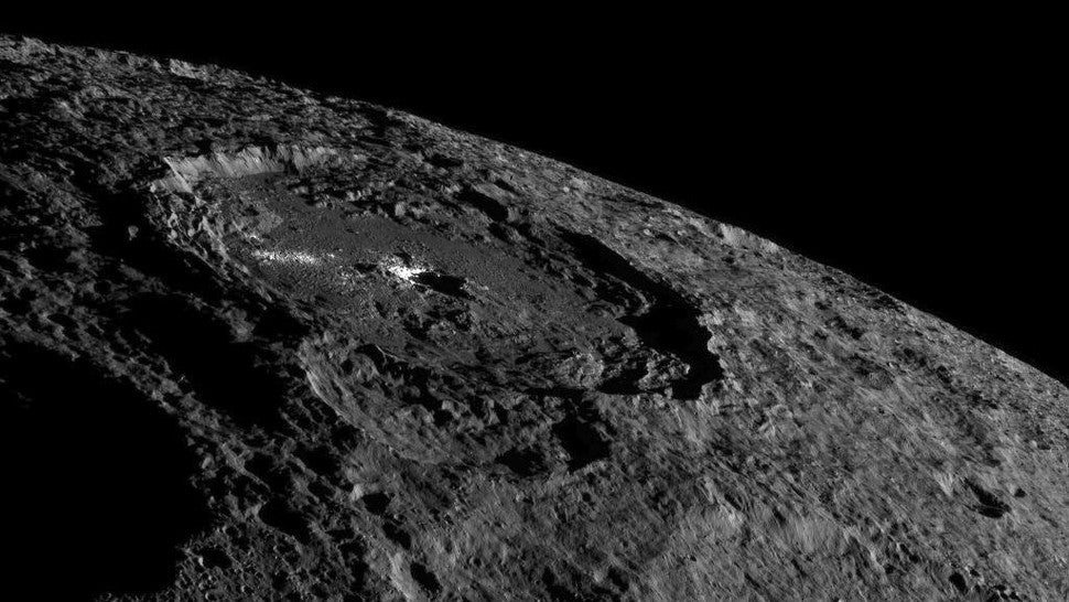 NASA's Dawn Probe Sent Some Stunning New Images Of Ceres