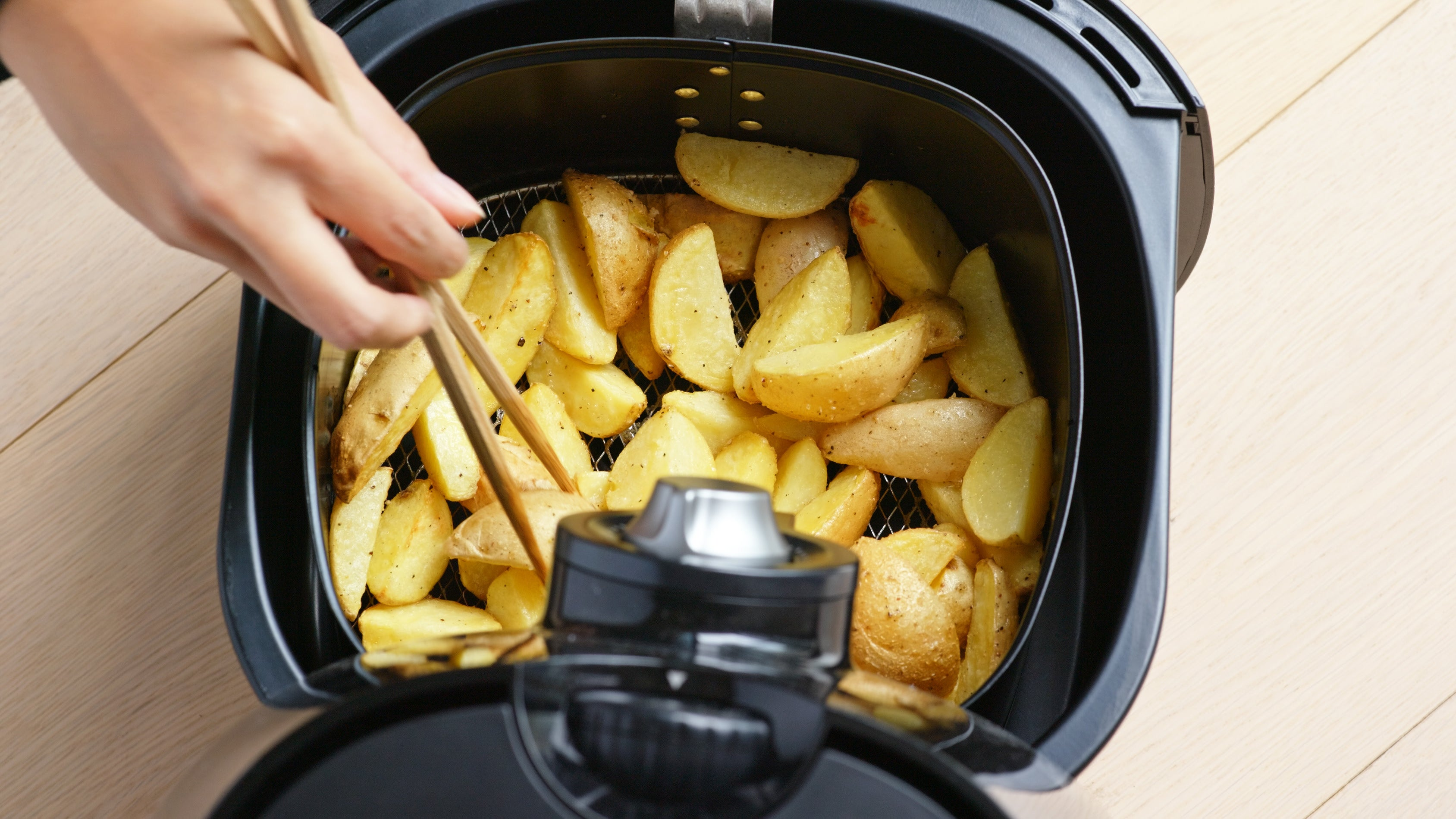 Use Your Air Fryer To Make Extra-Crunchy Potatoes