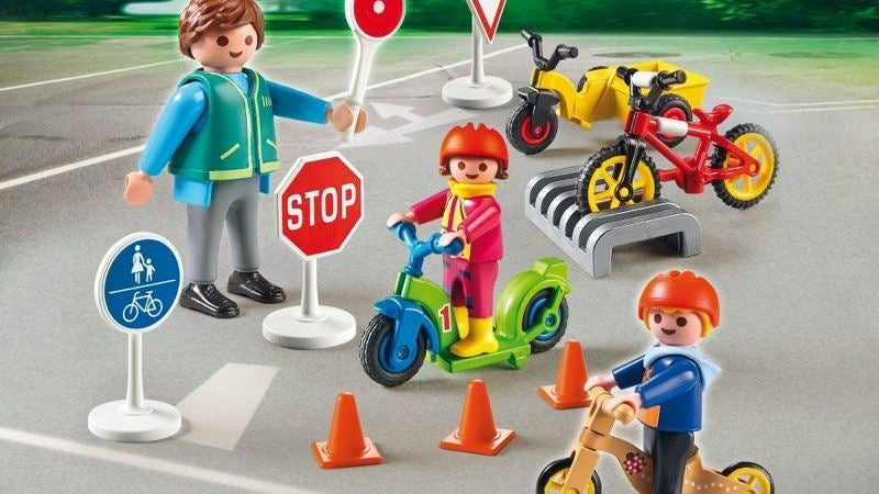 Suspected Tumor Turns Out To Be A Playmobil Traffic Cone
