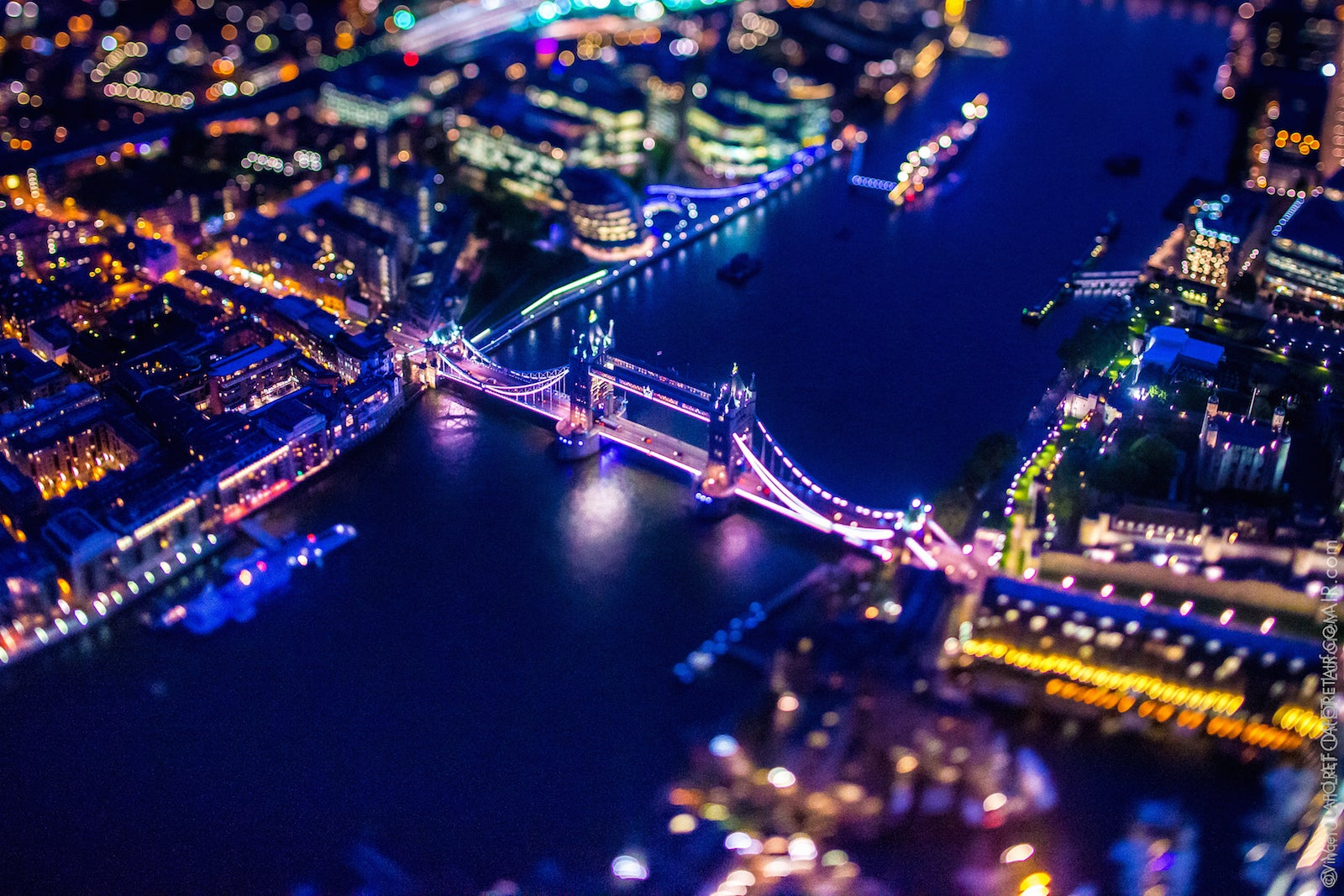 These ridiculously detailed aerial photos of London are so stunning