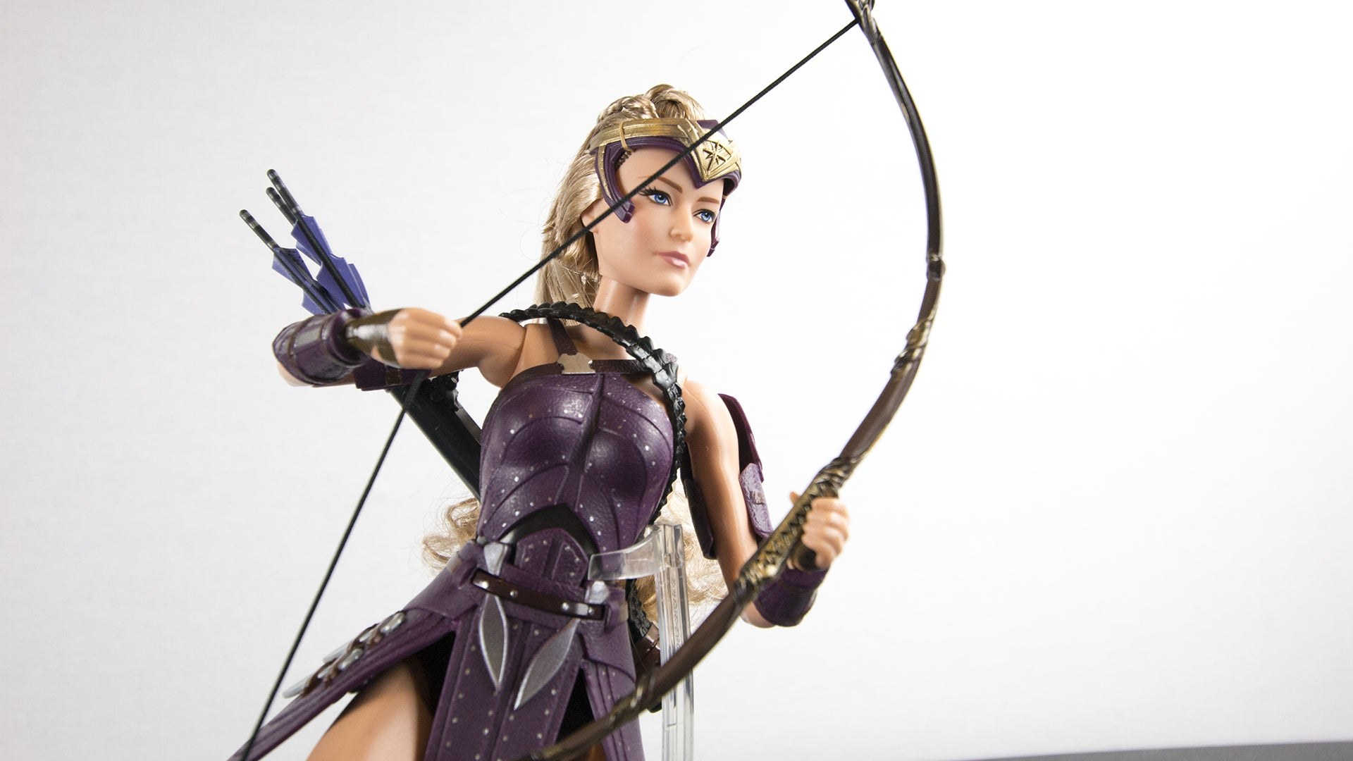 Doll review 2017 black label queen hippolyta doll face three - Sadly The Arrows Seem To Be Stuck In The Quiver But There S Only So Much Those Tiny Doll Hands Can Get Done