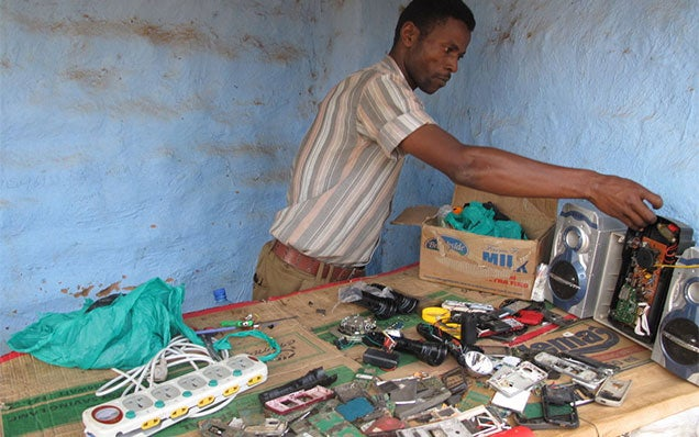 Refugee Makes A Living Using An Old PS2
